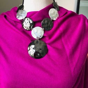 Jewelry - Silver and gunmetal fashion necklace...Stunning...